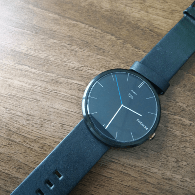 Moto 360 On Desk